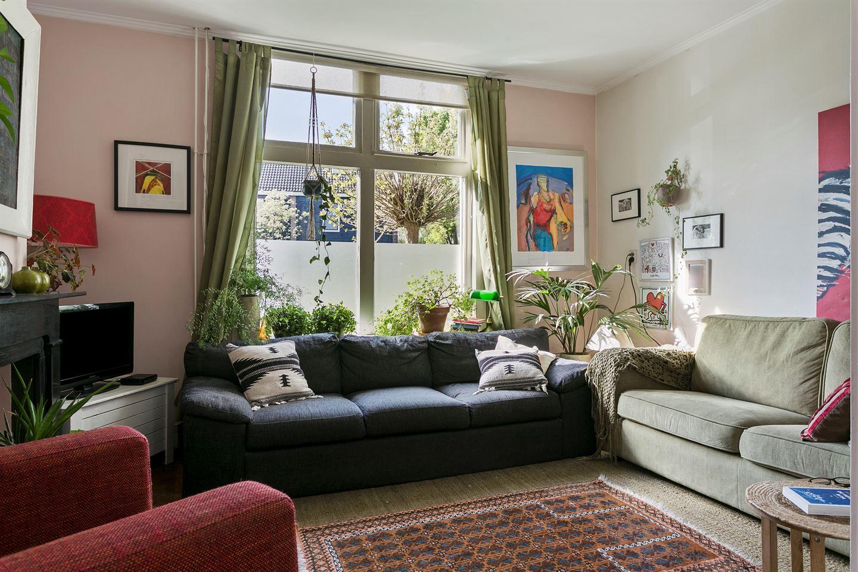 Bekijk foto 2 van Ruysdaelstraat 31