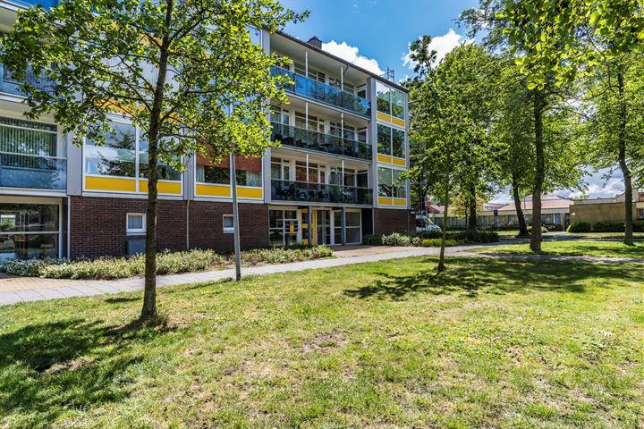van Linschotenstraat 93