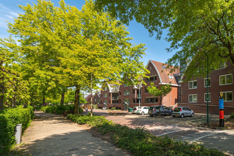 Bekijk foto 2 van Gijsbrecht van Nijenrodestraat 10 B