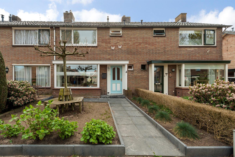 View photo 2 of Pr Hendriklaan 9