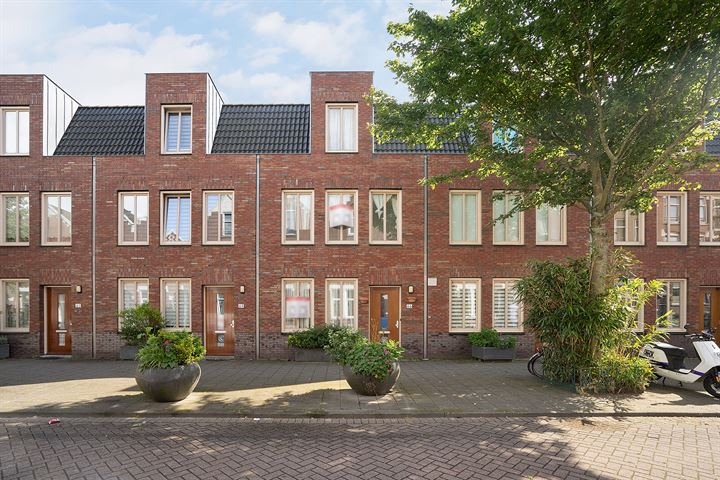 Albregt-Engelmanstraat 66