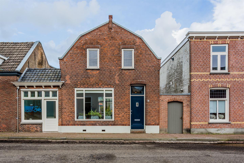 View photo 1 of Raadhuisstraat 65