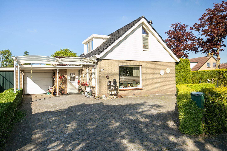 Bekijk foto 1 van Mevrouw Gelinck-van Kerkwijkstraat 4