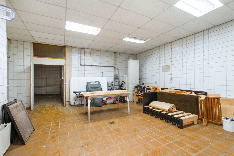View photo 3 of Zaanstraat 1 - 3