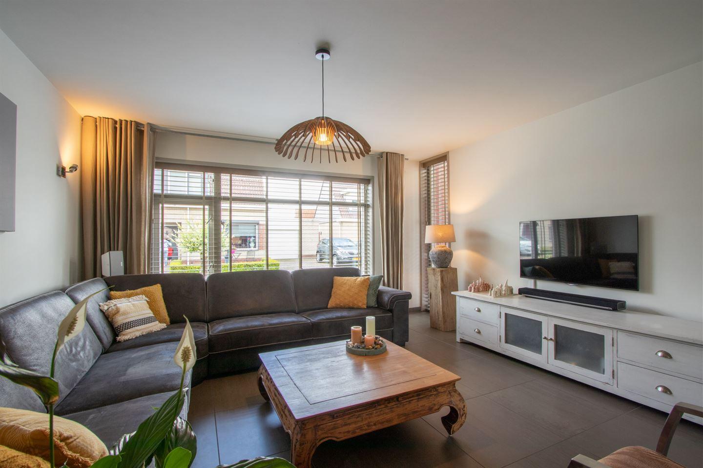 View photo 4 of Geuzenstraat 18