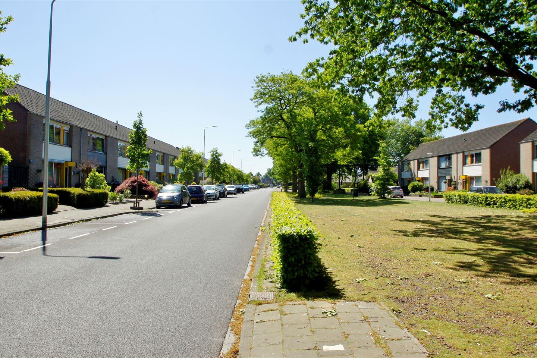 Bekijk foto 2 van van Hogendorpstraat 44