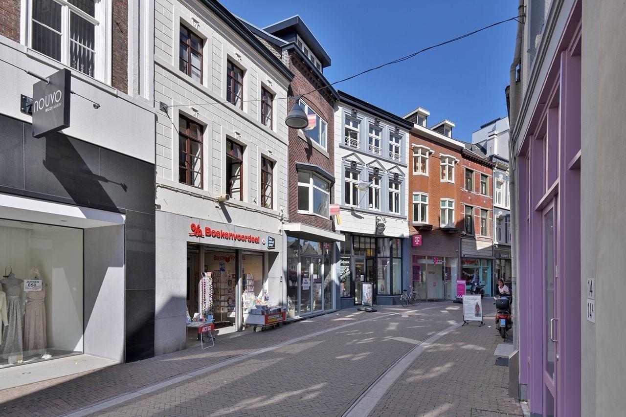 Bekijk foto 4 van Limbrichterstraat 11