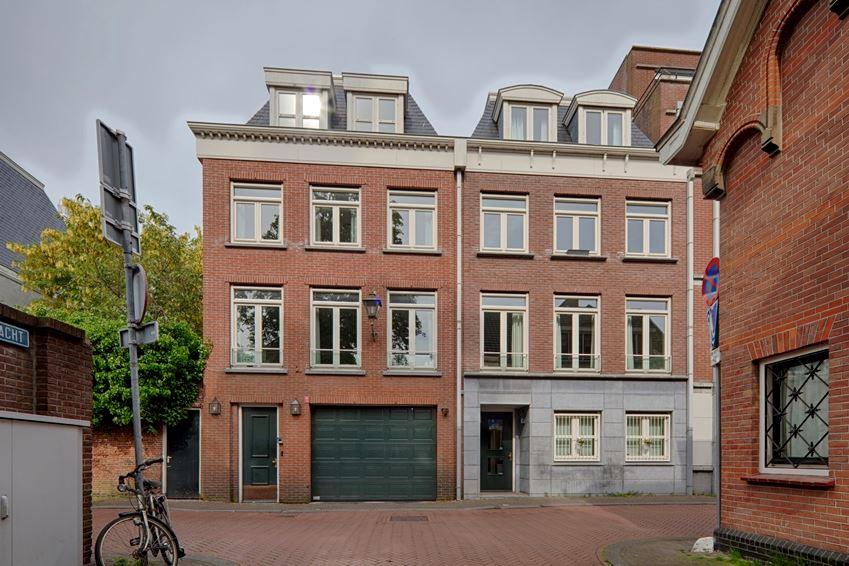 Bekijk foto 1 van Laan van Roos en Doorn 47 D