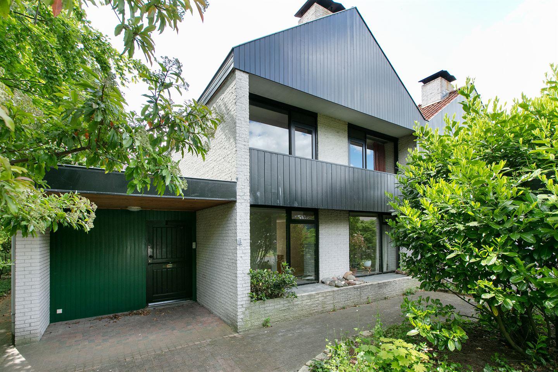 Bekijk foto 1 van Schweitzerweg 15