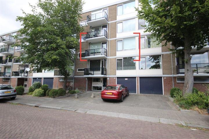 Van Karnebeekstraat 125