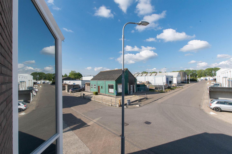 Bekijk foto 3 van Industrieweg 19