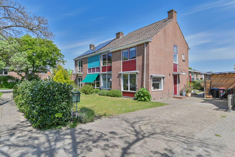Bekijk foto 1 van Johan de Wittlaan 1