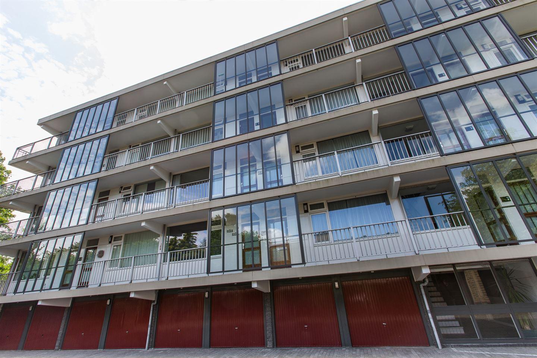 Bekijk foto 1 van Catharina van Rennesstraat 160