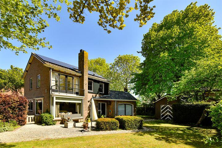 C. Pieter van der Leestraat 6