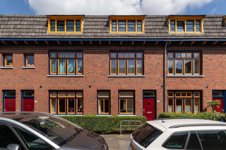 Bekijk foto 1 van Gerbrand Bakkerstraat 9