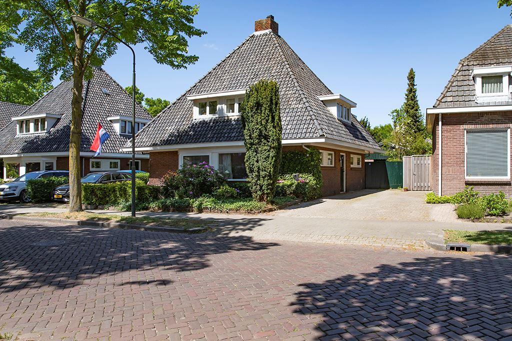 Bekijk foto 1 van Tilburgseweg 96
