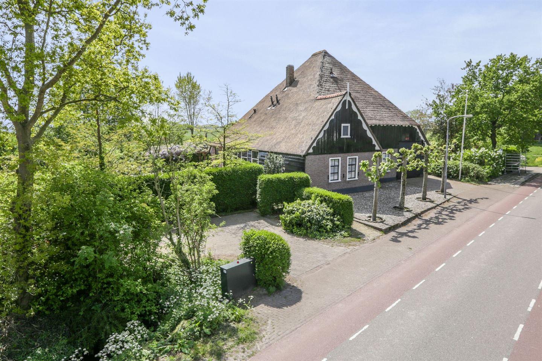 View photo 2 of Westeinderweg 23 *