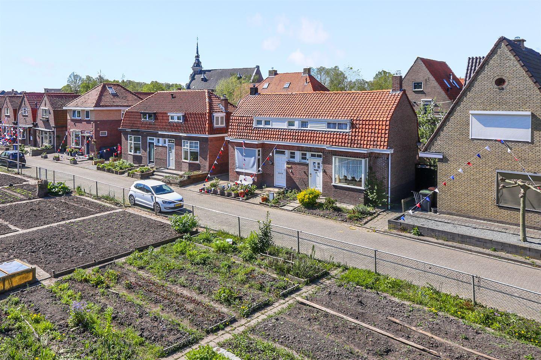 Bekijk foto 2 van van der Meulenstraat 17