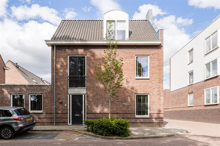 Mieke de Brefstraat 48