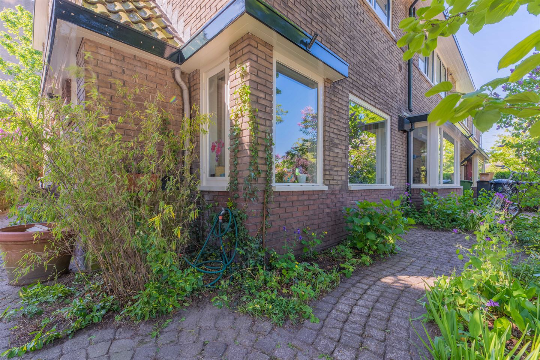 Bekijk foto 5 van Huygensstraat 8