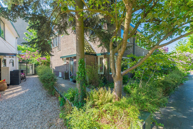 Bekijk foto 4 van Huygensstraat 8