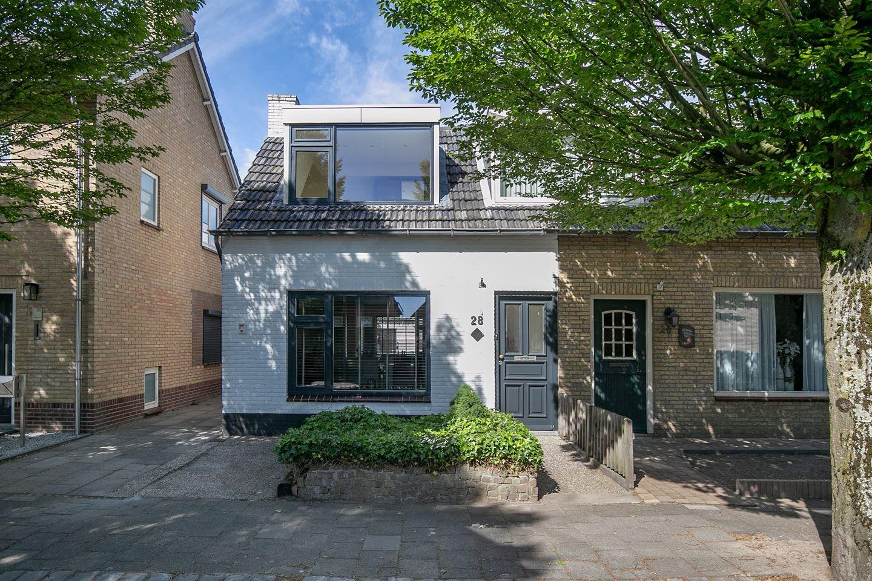 Bekijk foto 5 van Burgemeester van Campenhoutstraat 28
