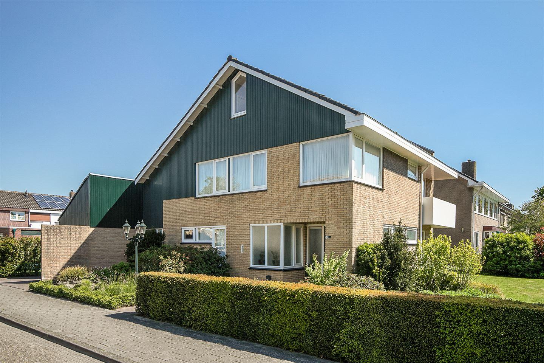 Bekijk foto 1 van Jacobus van Looystraat 1 a