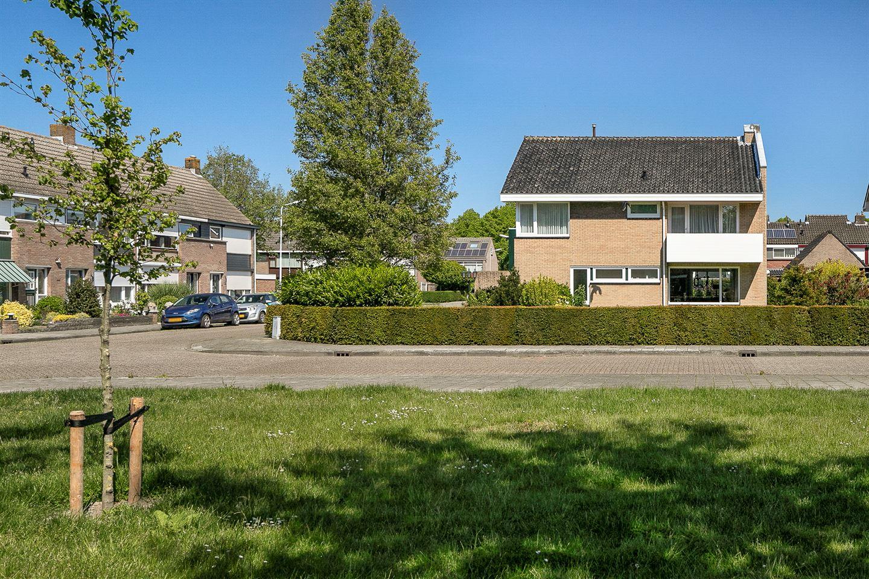 Bekijk foto 3 van Jacobus van Looystraat 1 a