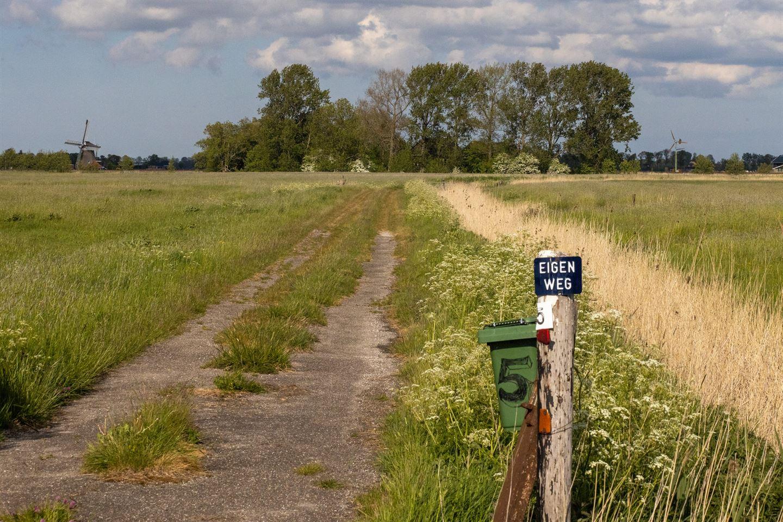 View photo 3 of Winsumerweg 5