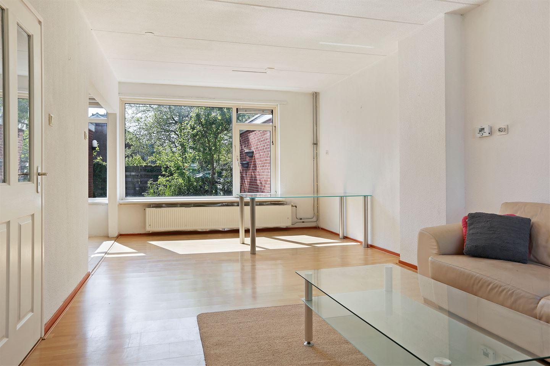 View photo 3 of Barnsteenstraat 30