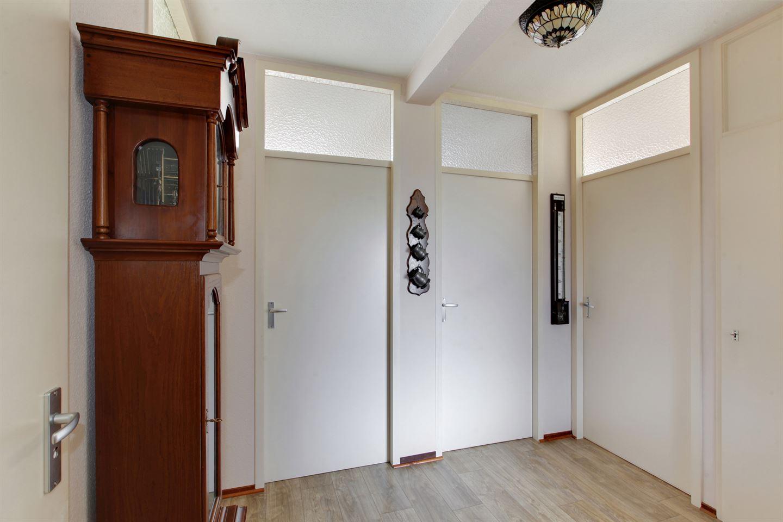 Bekijk foto 2 van Meidoornweg 230