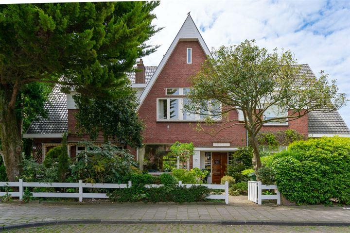 Van Zuylen van Nijeveltstraat 15