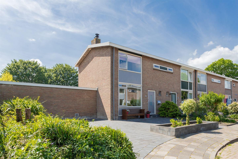 Bekijk foto 1 van De Vries Lamstraat 9
