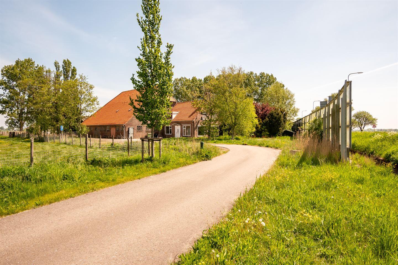 Bekijk foto 2 van A.C. de Graafweg 9