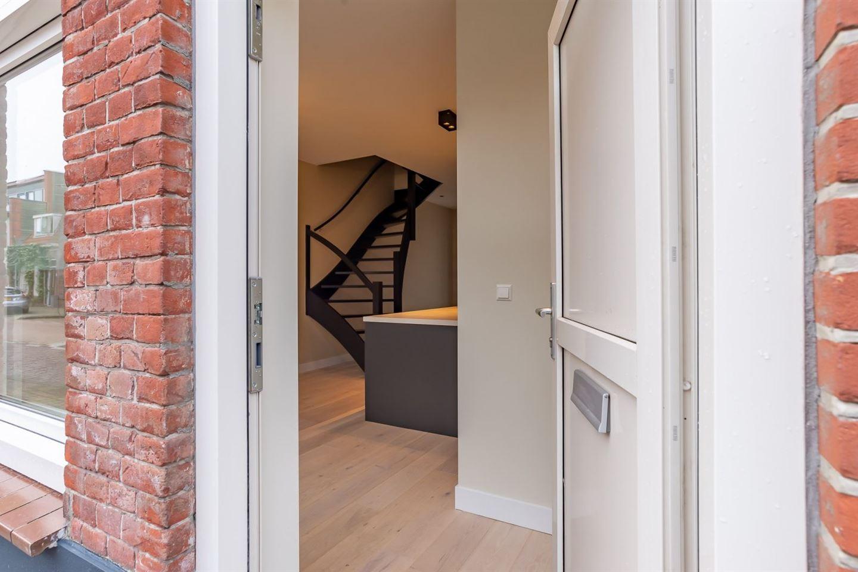 View photo 3 of Oranjestraat 71