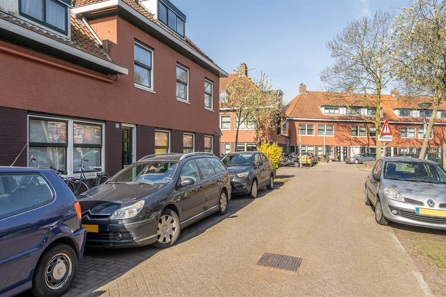 View photo 2 of Nigellestraat 49