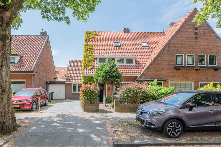 Van de Sande Bakhuyzenstraat 89