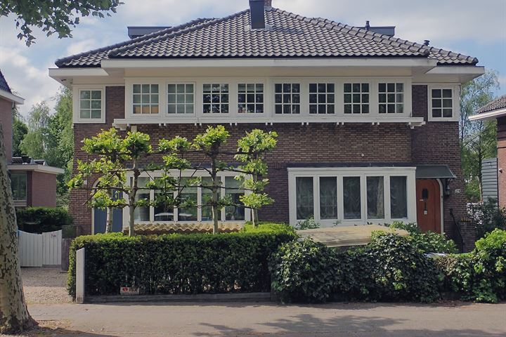 Amsterdamseweg 276 .