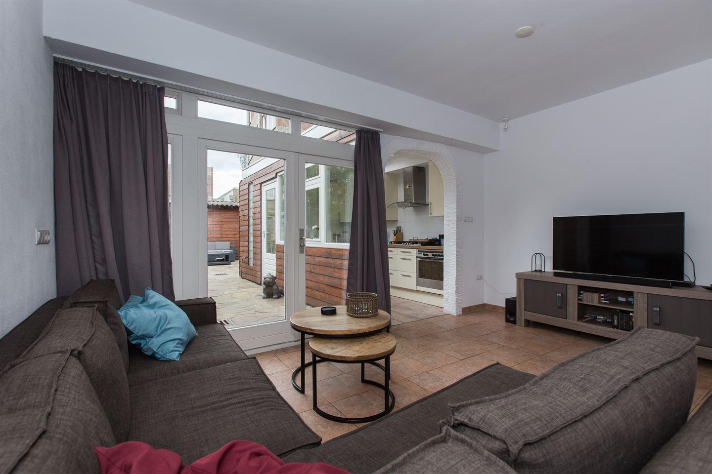 View photo 4 of Wilhelminastraat 33