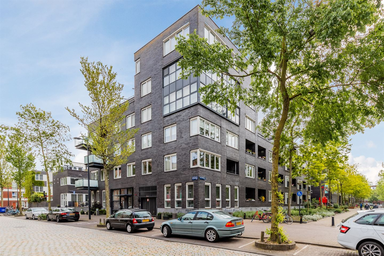 Bekijk foto 2 van Johan van der Keukenstraat 152