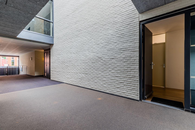 Bekijk foto 3 van Johan van der Keukenstraat 152
