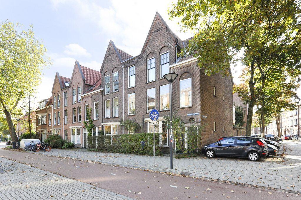 Bekijk foto 1 van Michiel de Ruyterweg 13