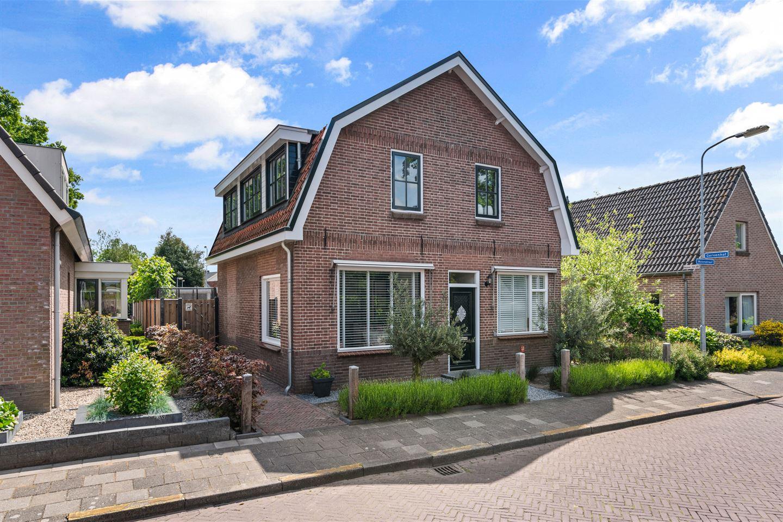 View photo 1 of Molenstraat 31