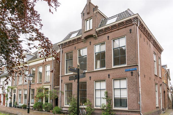 Kleine Kerkstraat 14