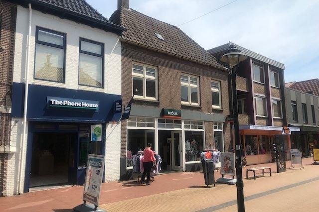 Bekijk foto 2 van Friesestraat 36