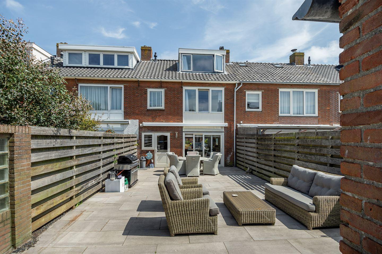 Bekijk foto 3 van Piet Leffertsstraat 38