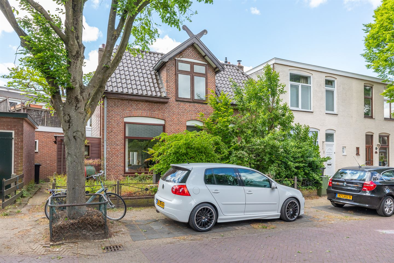 Bekijk foto 1 van Van Leeuwenhoekstraat 1