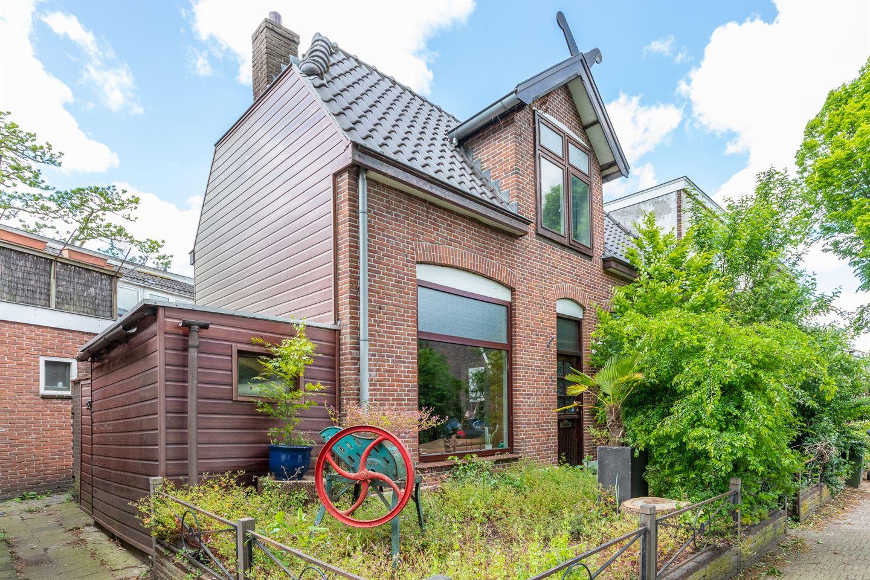 Bekijk foto 2 van Van Leeuwenhoekstraat 1