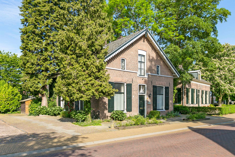 Bekijk foto 2 van Dorpsstraat 75