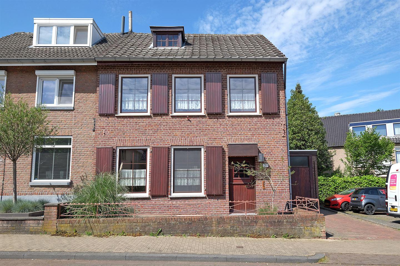 Bekijk foto 1 van Dr.Nolensstraat 21